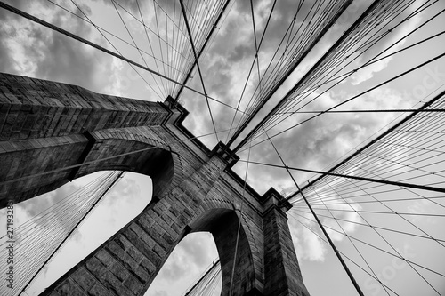 Spoed Foto op Canvas Brooklyn Bridge Brooklyn Bridge New York City close up architectural detail in timeless black and white