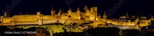 Fotografía Illuminated Carcassonne castle at night, Carcassonne, France