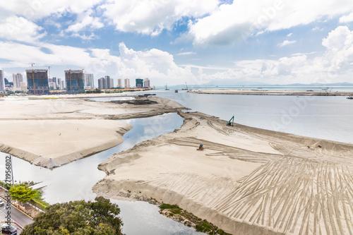 Valokuvatapetti Elevated view of Penang's Gurney Drive sea reclamation
