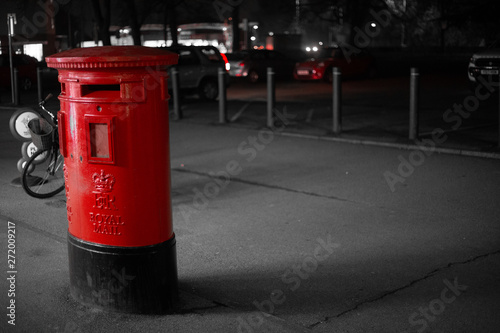 Spoed Foto op Canvas Londen rode bus red post box