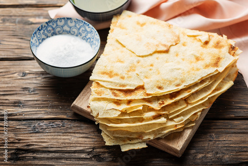Photo Traditional sardinian bread Guttiau