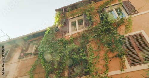 Fotografía  Old street in Rome, Italy
