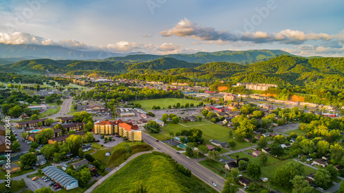 Foto  Pigeon Forge and Sevierville Tennessee Drone Aerial