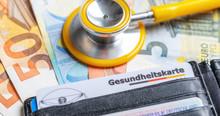 Gesundheitskarte Mit Geldschei...