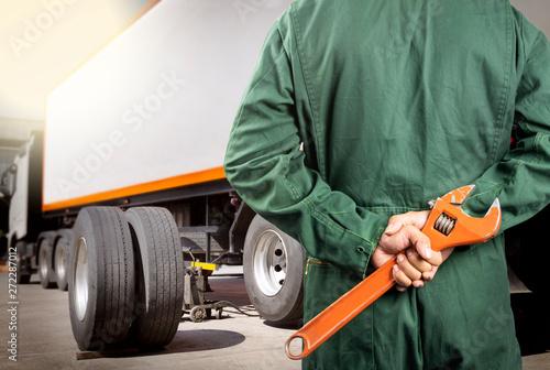 Obraz na plátně  truck maintenance and repairing