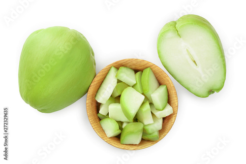 Fotografía fresh Chayote vegetable isolated on white background