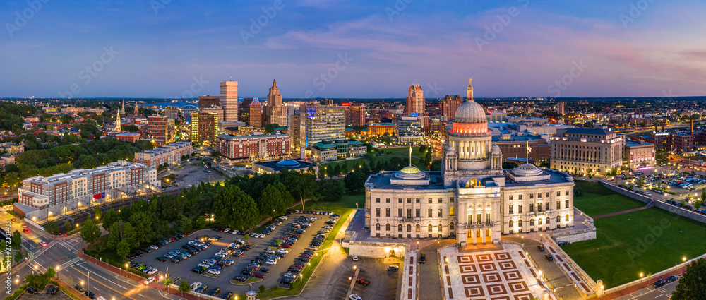 Fototapety, obrazy: Aerial panorama of Providence skyline and Rhode Island capitol building at dusk. Providence is the capital city of the U.S. state of Rhode Island. Founded in 1636 is one of the oldest cities in USA.