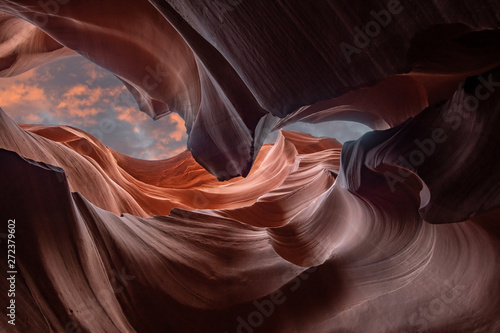 Photo  lower antelope slot canyon near Page in Arizona