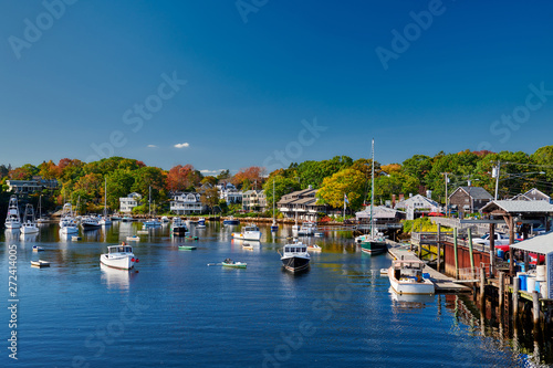 Canvas Print Fishing boats docked in Perkins Cove, Ogunquit, on coast of Maine south of Portl