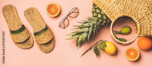 Fotografía Summer apparel items