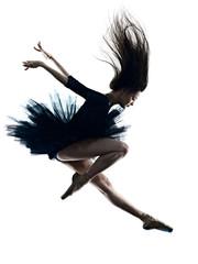 jedna mlada lijepa duga kosa kavkaska žena balerina balerina plesni studio snimak silueta izolirana na bijeloj pozadini