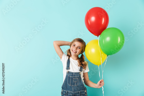 Portrait of a cheerful little girl isolated Fototapet