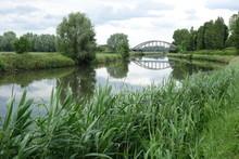 Paysage Des Hauts-de-France : Le Canal De La Lys