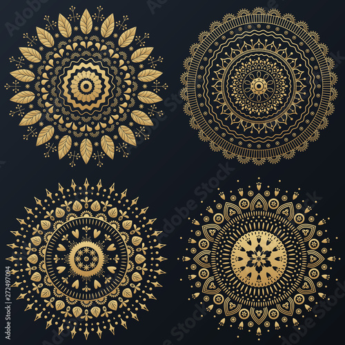 Ingelijste posters Boho Stijl Set of Ethnic gold flower ornamental wreath. Vector boho lifestyle illustration.
