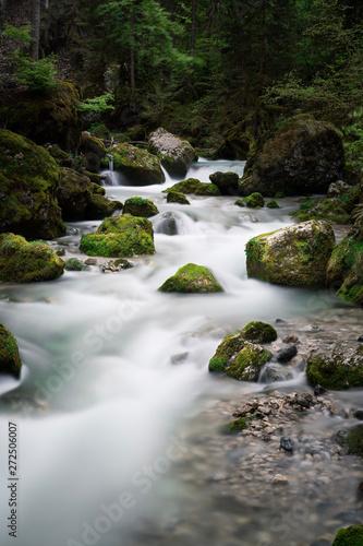 Fotografie, Tablou  longexposure waterfall cirque de saint même