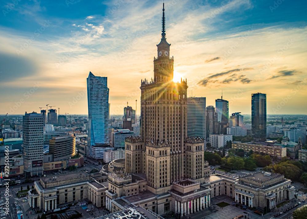 Fototapety, obrazy: Pałac Kultury i Nauki w słonecznych promieniach, Warszawa