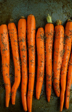 Raw Carrots With Cumin Seeds
