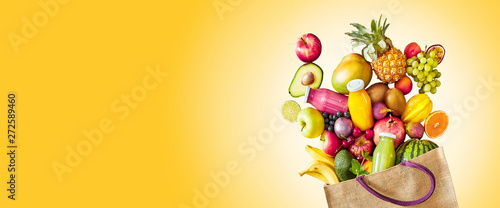 Fotografia Colorful yellow panorama banner of tropical fruit