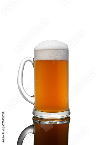 Foto op Plexiglas Bier / Cider Beer mug with foam isolated on white background