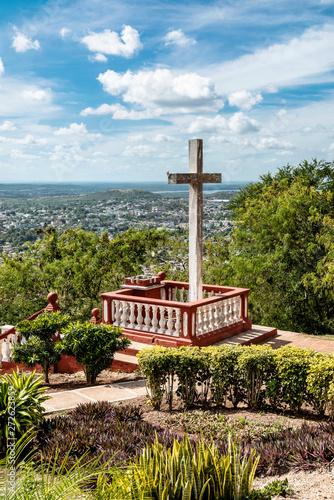 Kuba, Holguin;  Der Berg des Kreuzes,   Loma de la Cruz  . Wallpaper Mural