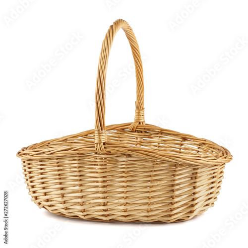 Fotografía  Empty wicker picnic basket. Isolated on white.