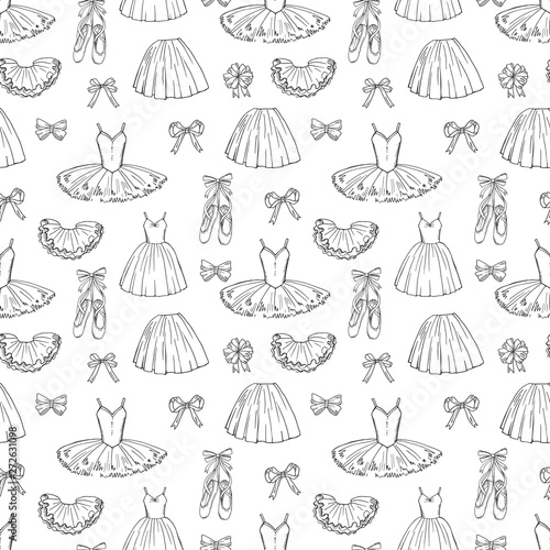 hand-sketched-vector-ballet-dresses-and-shoes-seamless-pattern-ballet-dress-and-tutu-skirt-classic-illustration