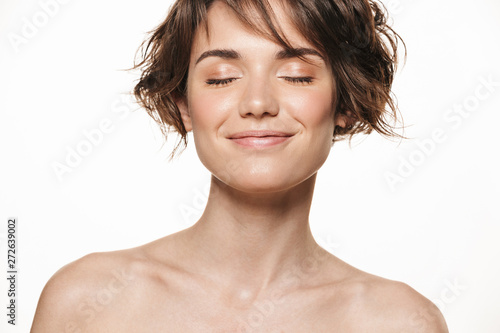 Obraz na plátně Beauty portrait of an attractive young shirtless brunette girl