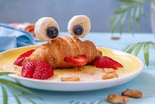 Fun Food For Kids. Cute Crab C...