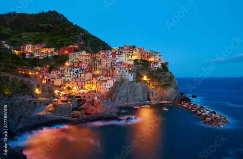 Fotografia  Manarola - One of five cities in cinque terre, Italy