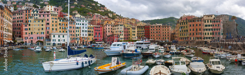 Photographie  View of the Camogli's city on the Ligurian Riviera in Italy whit its porto