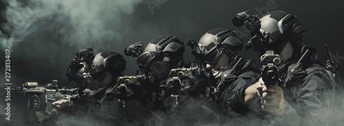 Fotografía  special forces soldier police, swat team member