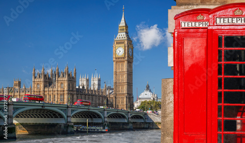 Poster Londres bus rouge London symbols with BIG BEN, DOUBLE DECKER BUSES and Red Phone Booths in England, UK
