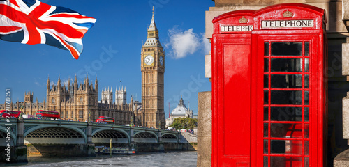 Poster de jardin Londres bus rouge London symbols with BIG BEN, DOUBLE DECKER BUS, FLAG and Red Phone Booths in England, UK