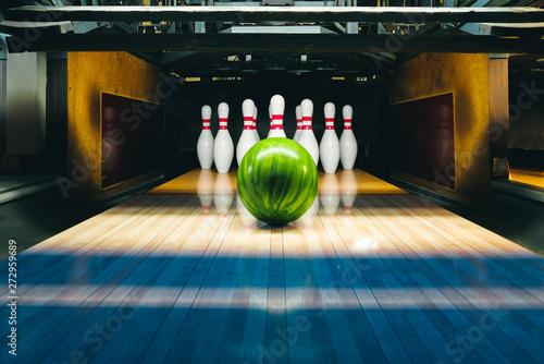 Tela bowling alley. ball and pins.