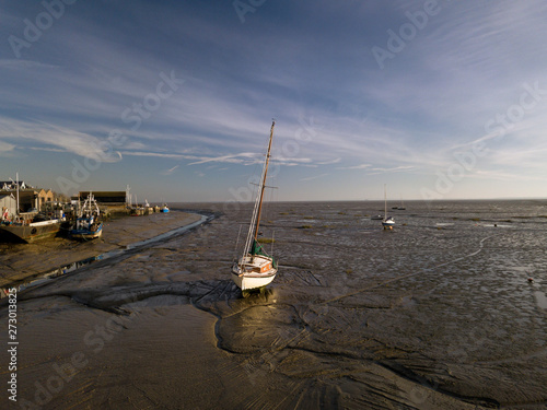 Photo drone photo of leigh on sea