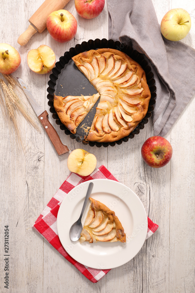 Photo  apple pie, studio shot