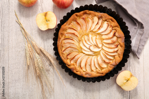 Photo  apple pie, studio shot