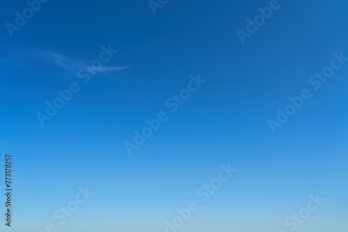 Poster Montagne Cloudless blue sky