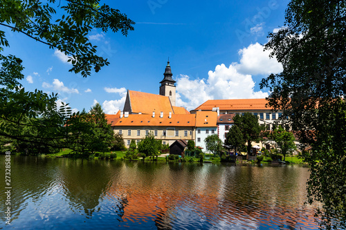 Fototapety, obrazy: Castle Telc across pond. UNESCO World Heritage Site. South Moravia, Czech Republic.