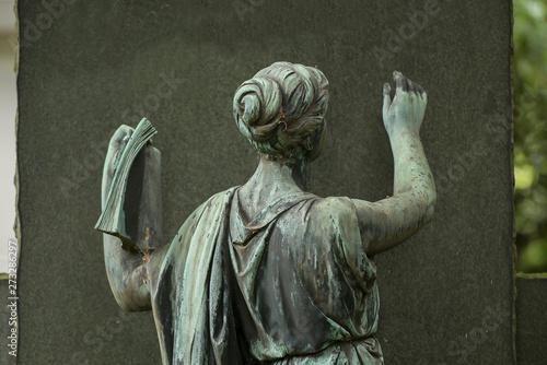 Photo  Friedhof, Statue, Glaube