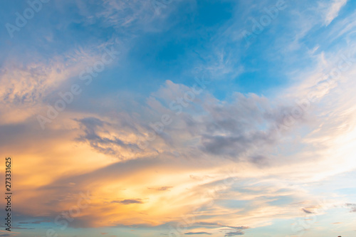 Foto auf Leinwand Blau Jeans Sky and cloud at sunset with sunset light effects background. clouds twilight and dramatic sky background.