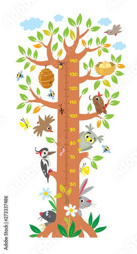 Fotografía Fairy tree with animals meter wall or height chart