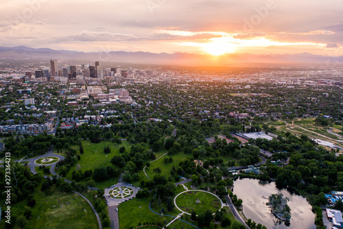 In de dag Verenigde Staten Aerial drone photo - Skyline of Denver, Colorado at sunset from City Park
