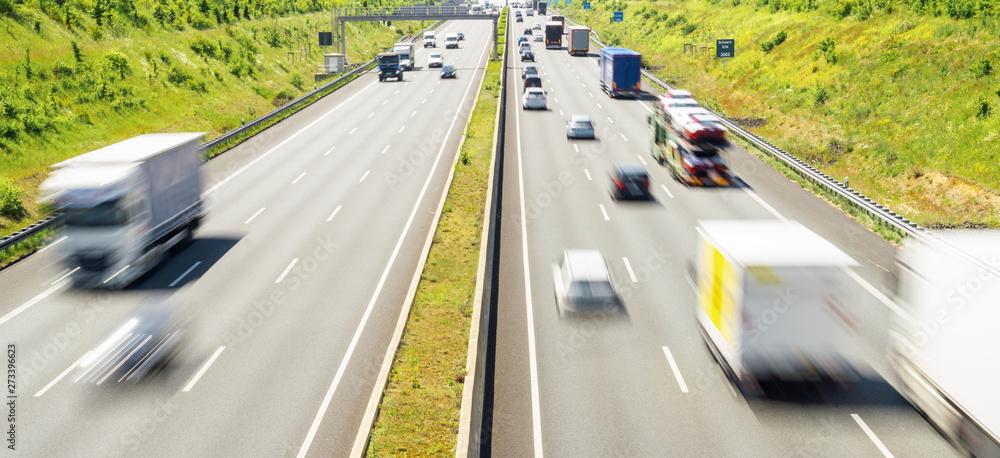 Fototapety, obrazy: Highway traffic in germany