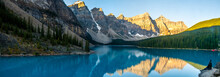 Exciting View Of Moraine Lake ...