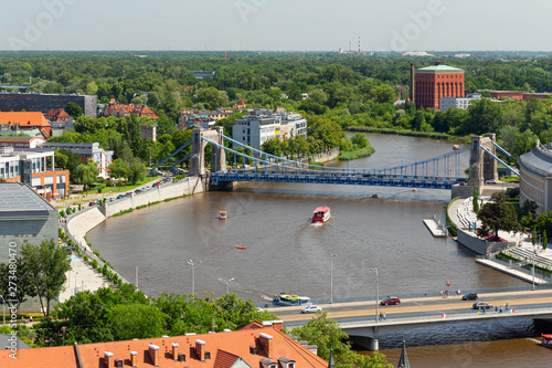 obraz dibond Wroclaw. Top view of the river and Grunwaldzki bridge
