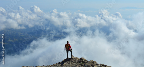 Fototapeta  Freedom Above the Clouds