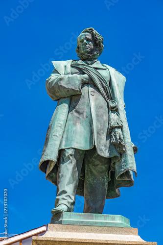 Photographie Statue of Italian patriot Daniele Manin from 1875, by Luigi Borro in Venice, Ita