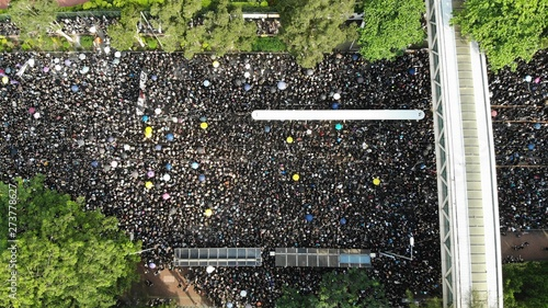 Foto  2 million protesters stand out to oppose a controversial extradition bill  on Ju