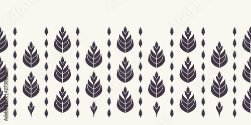 Foto  Floral ethnic leaf motif scandi style border
